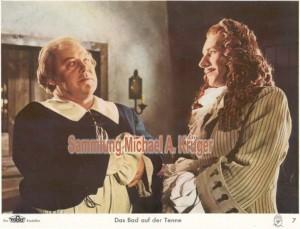 Aushangfoto Nr. 07: Will Dohm (Bürgermeister Hendrik) und Richard Häußler