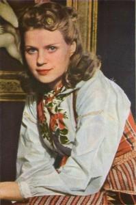 """Kristina Söderbaum, Hauptdarstellerin im zweiten Agfacolor-Spielfilm der Ufa """"Die goldene Stadt"""" (1942)"""
